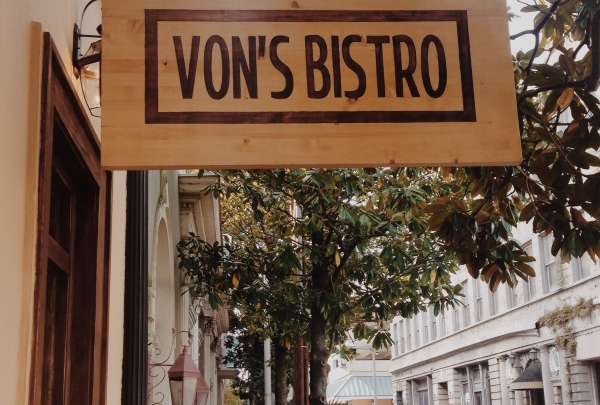 Von's Restaurant and Bistro - find