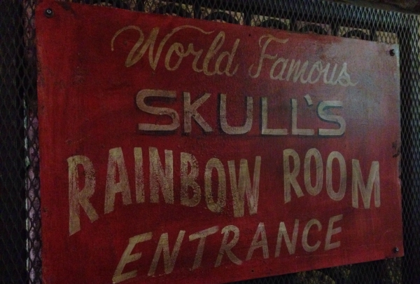 Skull's Rainbow Room - find